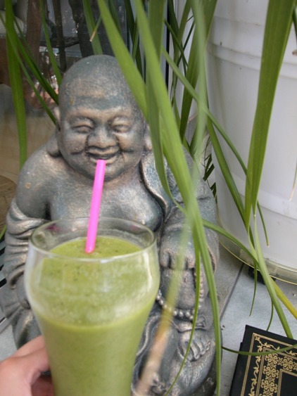 green smoothie buddha