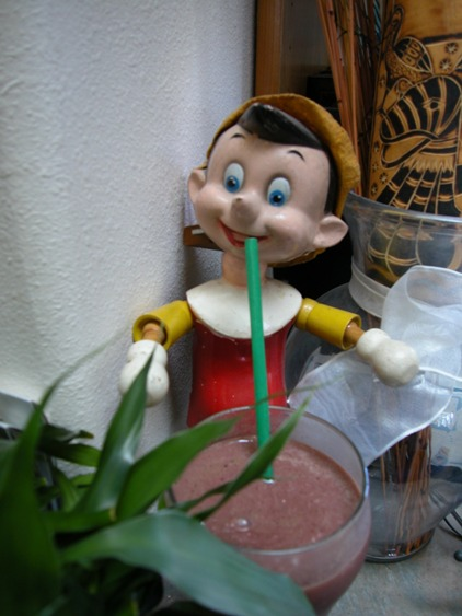green smoothie pinocchio